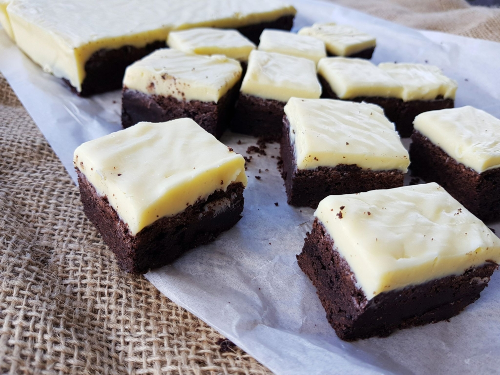 Chocolate brownie with white chocolate icing