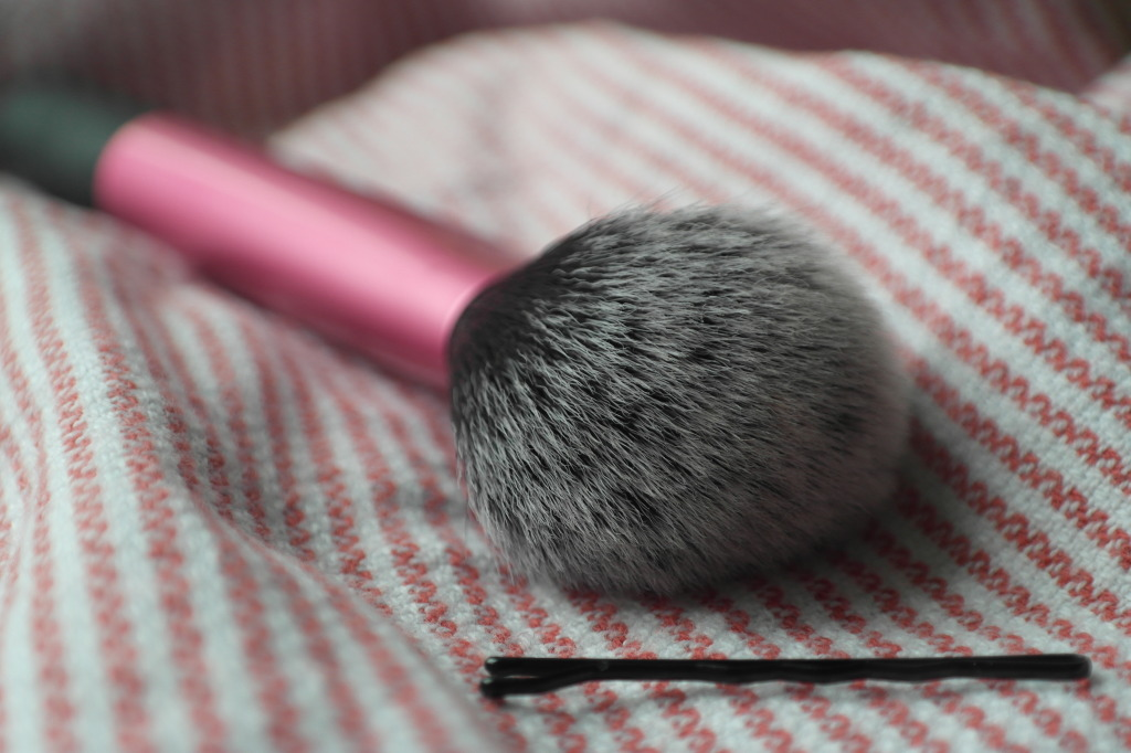 real techniques multi task brush