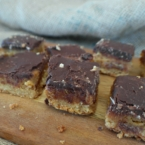 chocolate caramel slice recipe